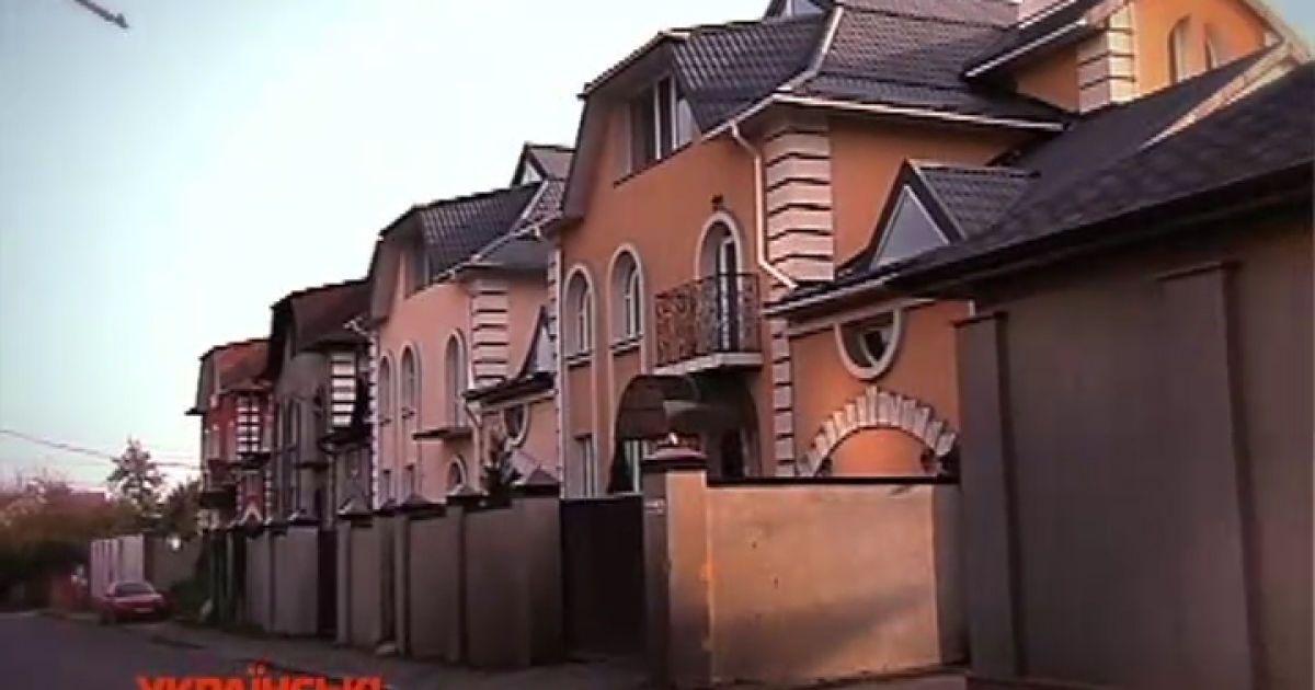 Окунская показала роскошный ремонт в спорном с Власенко доме @ ТСН.ua