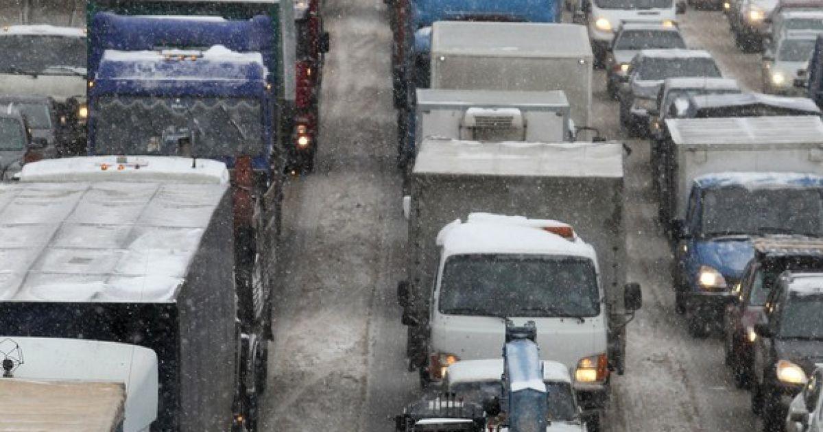 Москва не справляється із снігом @ Фото EPA/UPG