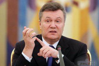 Янукович у лютому займеться баскетболом, а у березні поспілкується з народом