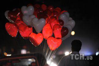 Українці у День Валентина шукають картинки з погрозами і листівки для собак
