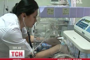 """Захарченко """"розкрутив"""" спонсорів на сучасний апарат для Охматдиту"""