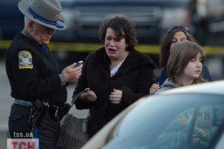 Вчителька закрила собою дітей від куль шкільного стрілка в США