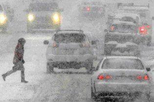 Завтра в Україні очікують сніг та 15-градусні морози