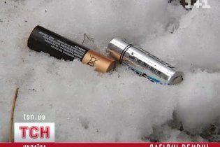 Українці викидають на смітник батарейки, які труять воду та провокують рак