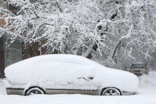 Українці зустрічатимуть Різдво зі снігом і ледь помітними морозами