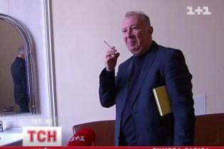 У Раді депутати з цигарками жартують із заборони паління
