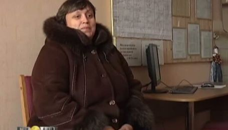 Черниговских учителей заставляют выбрасывать тысячи гривен на сомнительное страхования, похожее на МММ