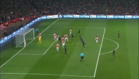 Арсенал - Бавария - 0:2. Мюллер