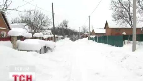 У жителей заблокированных снегом буковинских сел заканчиваются продукты