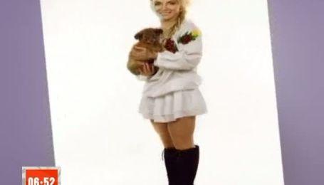 Украинские звезды обняли щенков ради благотворительности