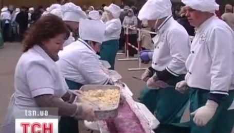 Ученики судакского лицея приготовили рекордное блюдо в качестве экзамена