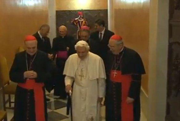 Останній день Папи Римського_11