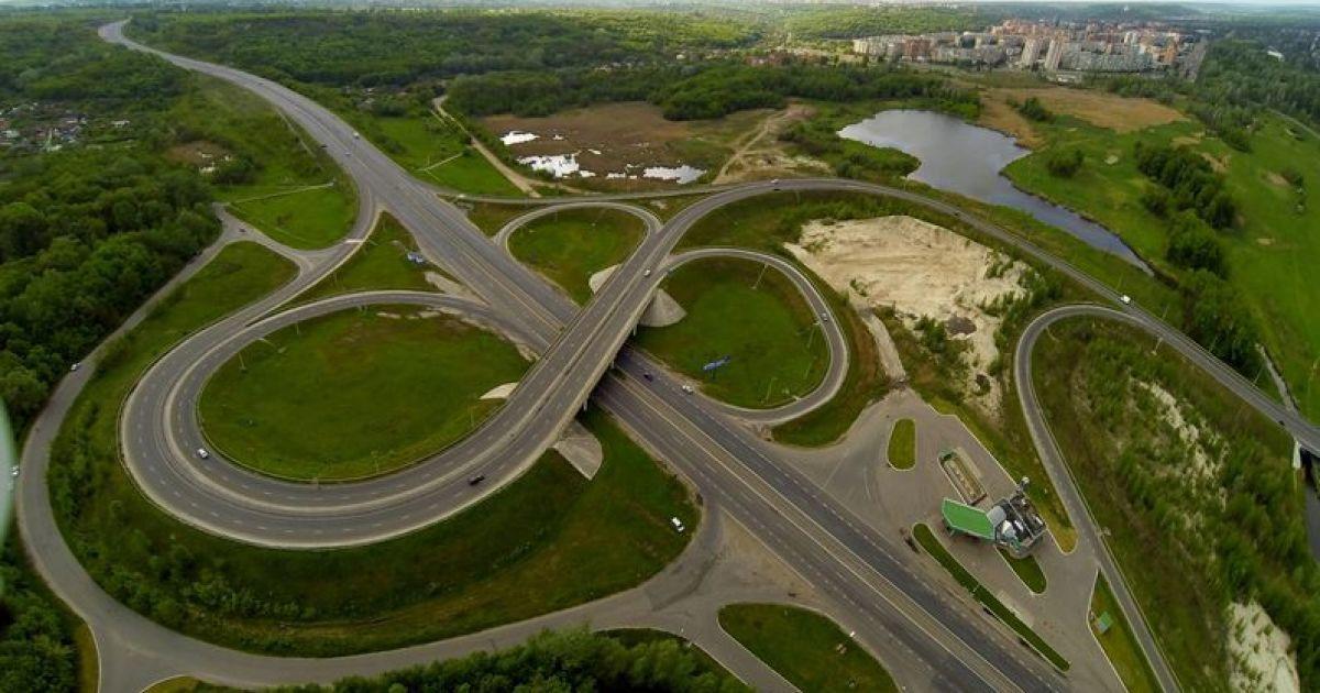 После года обещаний начался сдвиг в грандиозном финансировании ремонта трассы Харьков-Полтава