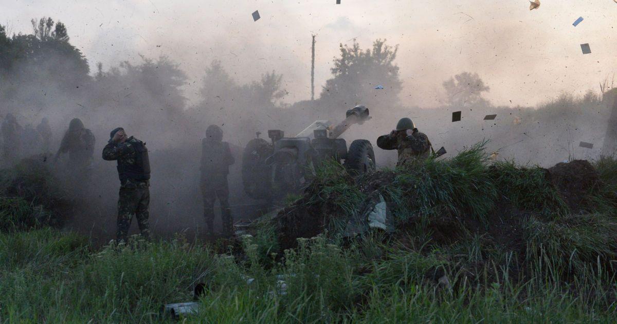 У Порошенка оприлюднили дані про втрати серед бійців АТО на Донбасі за минулу добу