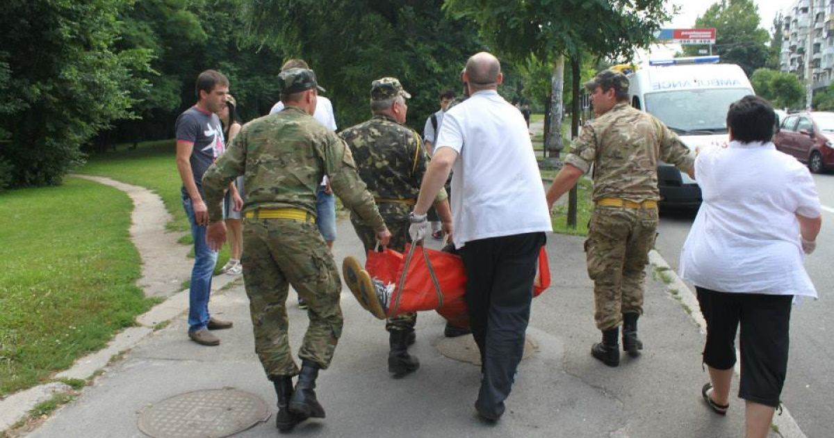 У Києві маршрутка врізалась в стовп @ facebook.com/M.Danevich