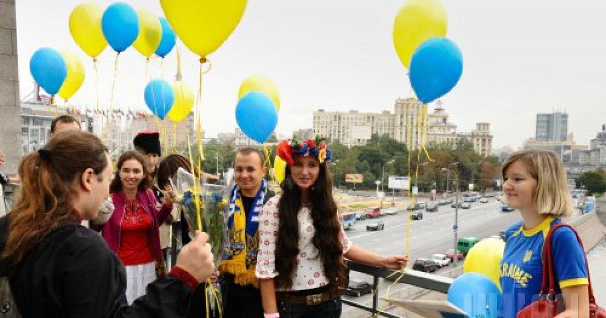 Представители украинской диаспоры в России празднуют День Независимости Украины, в Москве, во вторник, 24 августа 2010 года @ УНІАН
