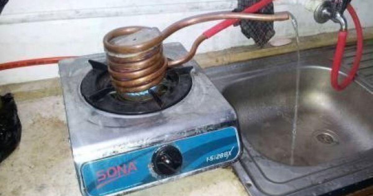 В Сети смеются над отключениями горячей воды