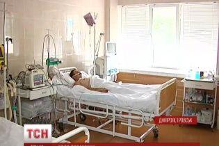 Життя поранених під час обстрілу під Зеленопіллям військових у безпеці