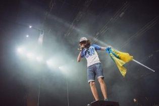 Відомий російський репер Noize MC розмахував українським прапором у Львові