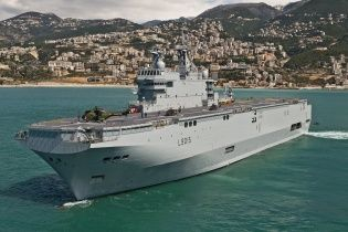 Франція продала Містралі, що призначалися для Росії