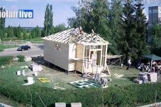 В Харькове строят храм за один день ради прекращения войны