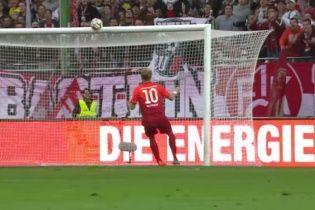 Эпический промах: немецкий футболист с метра не попал в пустые ворота