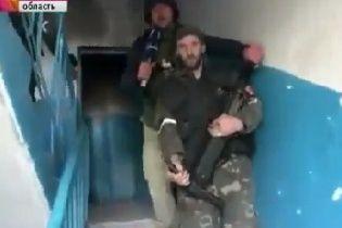 Российский канал показал, как боевики обстреливают аэропорт Донецка с жилой многоэтажки