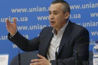 В Днепропетровске политик Загид Краснов за свои деньги содержит детей военных, погибших в АТО