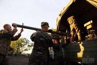 На Луганщине украинские военные ведут ожесточенные бои с террористами