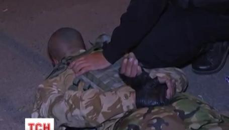 Вооруженный мужчина устроил стрельбу на блокпосту на въезде в Харьков