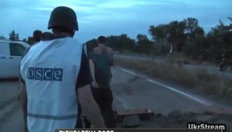 Бойовики перенесли звільнення українських військових з полону
