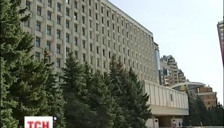 ЦИК больше не принимает заявлений на регистрацию кандидатами в депутаты Верховной Рады