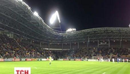 Білоруський суд відпустив 7 українських футбольних уболівальників після сплати ними штрафу