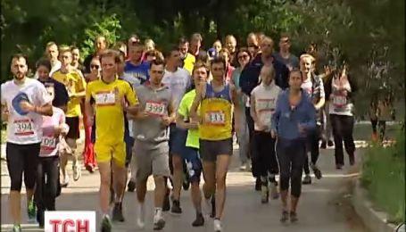 У столиці влаштували марафон, аби зібрати кошти на ліки для українських вояків