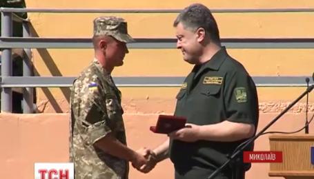 Президент поблагодарил бойцов 79 аэромобильной бригады