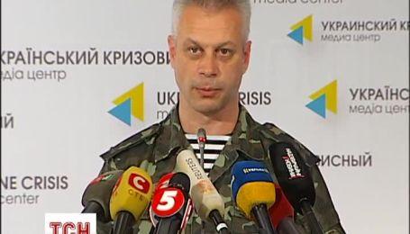 Росія продовжує проводити навчання в суміжних з Україною військових округах