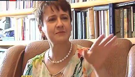 Сеничкин презентует свою кулинарную книгу на форуме издателей во Львове