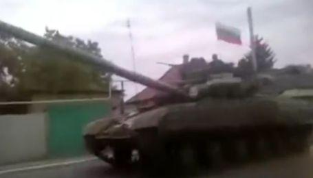 В Енакиево прибыла военная техника террористов
