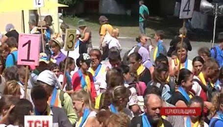 Украинские работники решили вернуться домой и молиться за мир