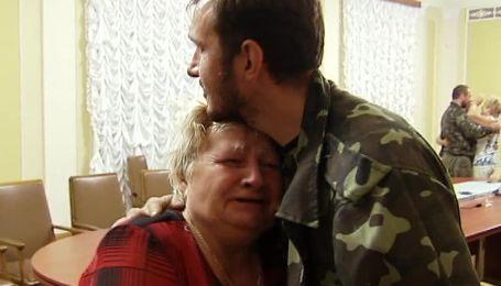 Из плена боевиков в Горловке украинские силовики освободили 17 заложников