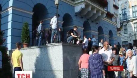 В Черновцах накануне остановились маршрутки
