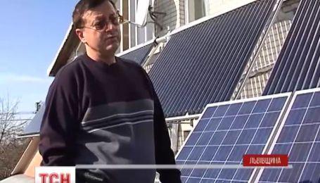 Уникальную солнечную станцию построил в своем доме житель Львовской области