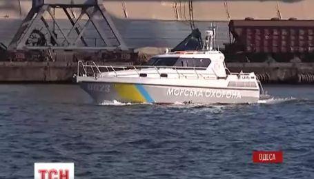 Новый катер пограничной охраны спустили на воду в Одессе