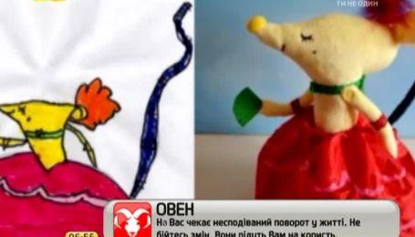 Майстриня отримала популярність завдяки іграшкам, які шиє за дитячими малюнками