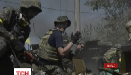 Батальон «Айдар» героически защищает украинский город Счастье