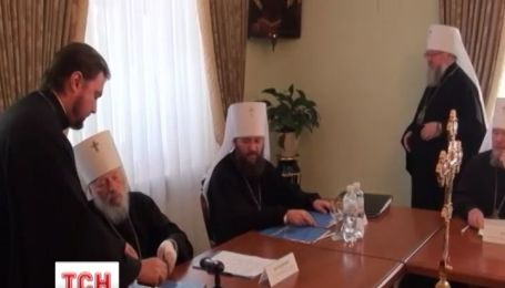 В Украине начинаются церковные войны за престол