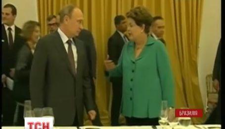 Ангела Меркель виступила за переговори Києва з сепаратистами