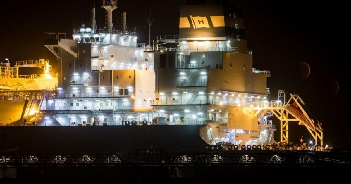 Перший танкер із норвезьким газом прибув у Литву @ yaplakal