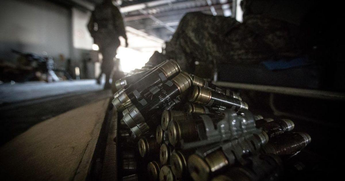 Мустанг побував під обстрілом в Донецькому аеропорту. @ facebook/Григорий Мустанг