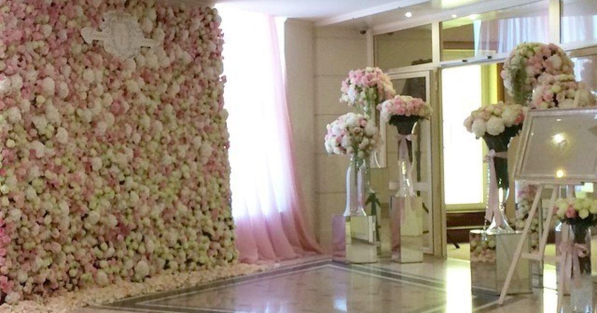 Бокало організував своїй доньці шикарне весілля @ instagram.com/reginatodorenko